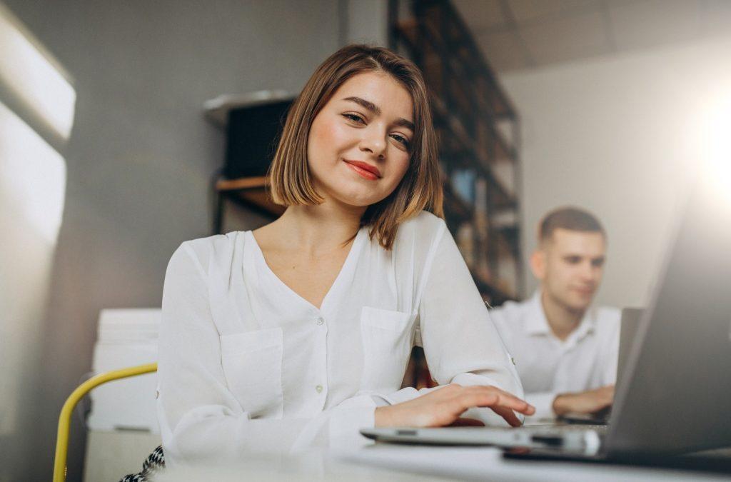Miért mennek el a fiatalok a cégtől?