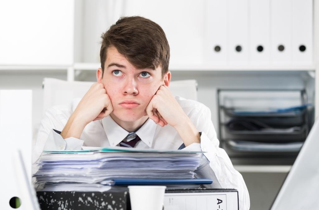 Hogyan lesz a stréber diákból rossz dolgozó?